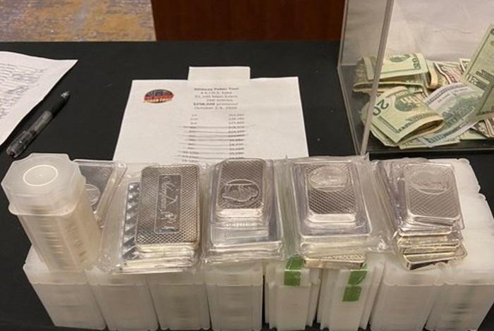 Участники живого турнира в Чикаго получили выплаты драгоценными металлами